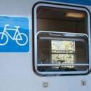 Treni. Bici al seguito aumentano, servizi diminuiscono, interrogazione PD: Regione vincoli il gestore ad un livello adeguato
